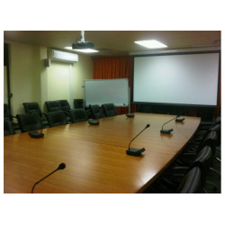 BOARDROOM AND CONFERENCE ROOM MICROPHONE SYSTEM